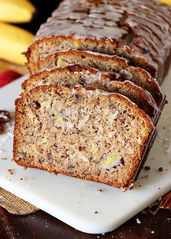 Hummingbird Banana Bread by The Kitchen is My Playground - WEEKEND POTLUCK 482