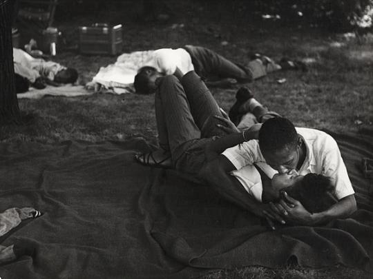 by Leon Levinstein, New York, 1950