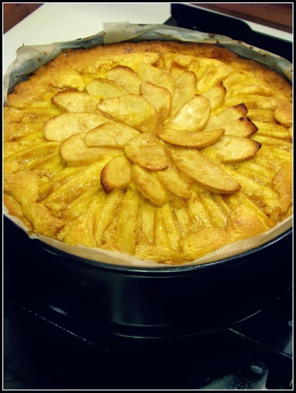 Apple Tart with Mascarpone Cream with Thermomix