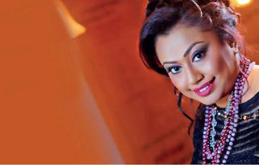 Dedunne Sath Pata Hangala Song Lyrics - දේදුනේ සත් පාට හංගලා ගීතයේ පද පෙළ