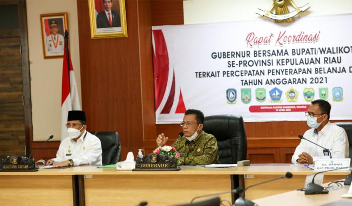Gubernur Ansar Pimpin Rapat Koordinasi Terkait Percepatan Penyerapan Belanja Daerah Tahun 2020-2021