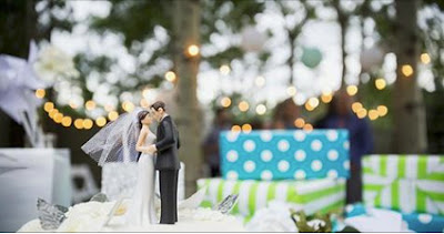 https://www.thespruce.com/make-a-facebook-group-for-your-wedding-guests-3974869