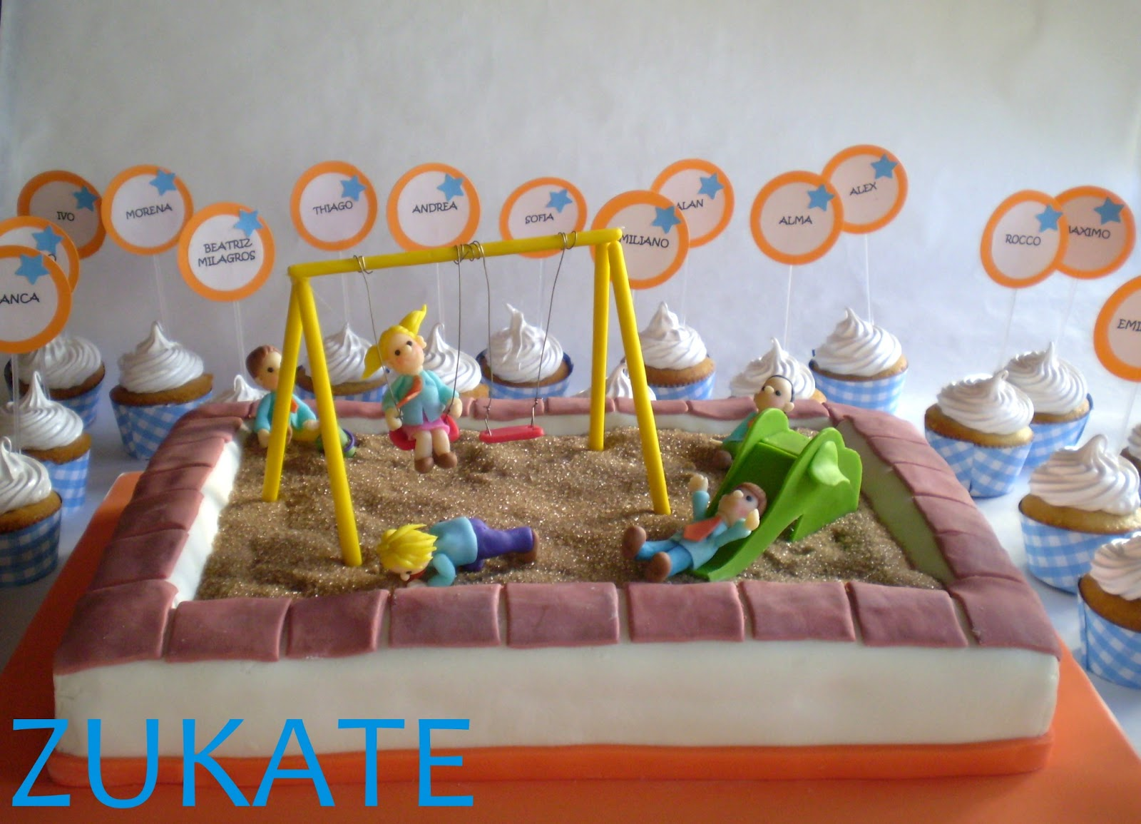 Torta egresaditos jardin de infantes zukate for Hamacas para el jardin