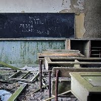 GenieFunGames Abandoned Elementary School Escape