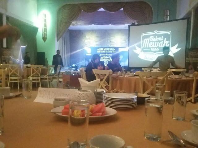 Media dan Blogger di Bakmi Mewah