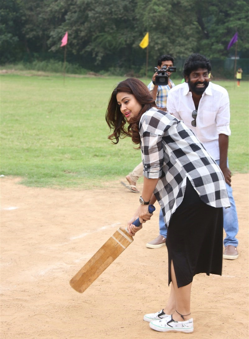 Actress Sneha Photos at Cricket Event In Black Dress