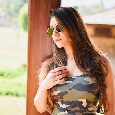 hiba nawab photos, actress hd photos, hiba nawab whatsapp dp