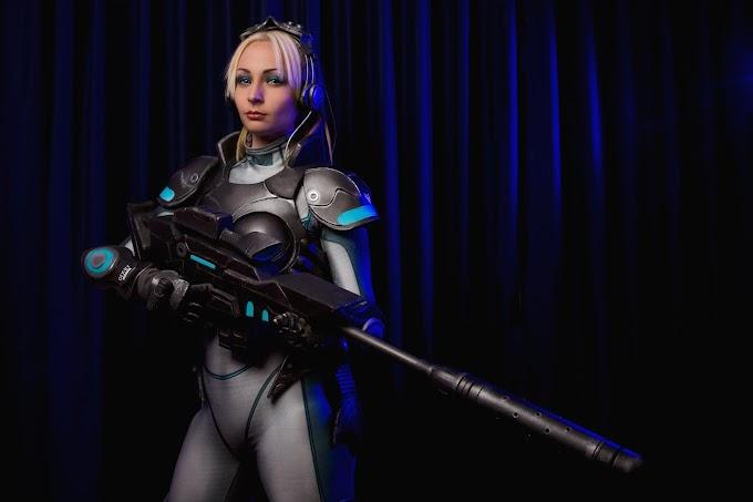 Cosplayers: Zedra