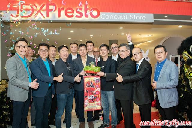 Presto, JDX Presto, JDX Presto Cashless Concept Store, PrestoPay, Quill City Mall, PUC, Smuzcity, Cashless Store Malaysia, Lifestyle