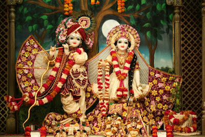 Good Morning Shringar of Radhe Krishna at Iscon Temple