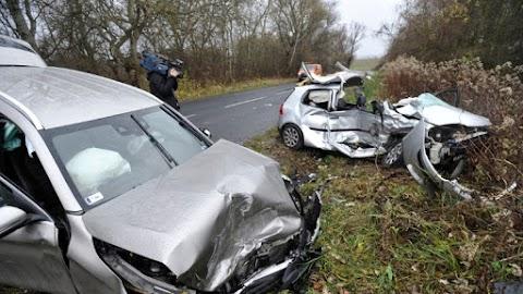 Többen megsérültek egy Pest megyei balesetben