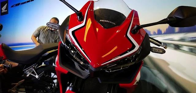 Honda Lancar Motor Kelas Pertengahan 2019, CBR500R / CB500F / CB500X