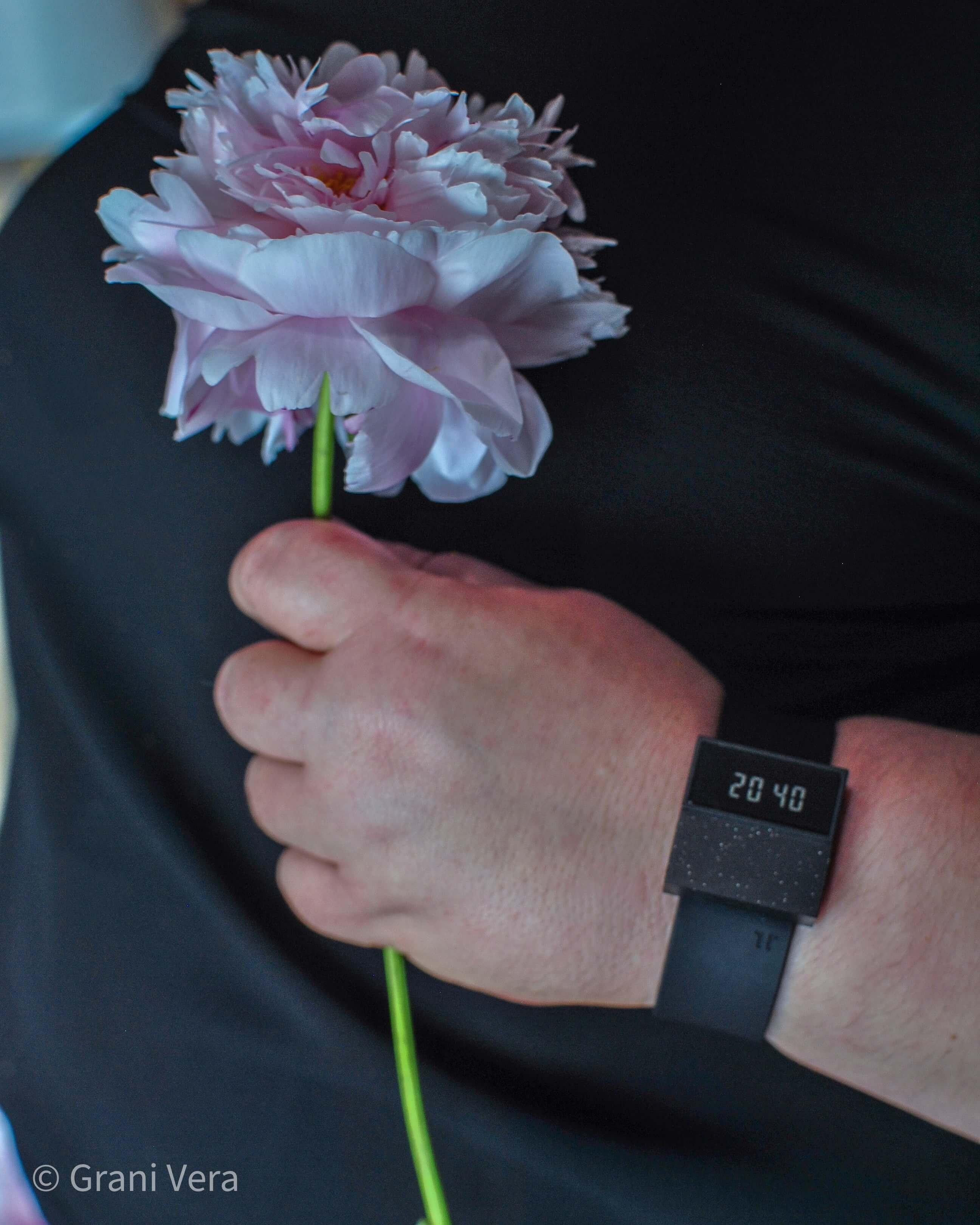 Zegarek TINT unisex - moda w stylu less weste