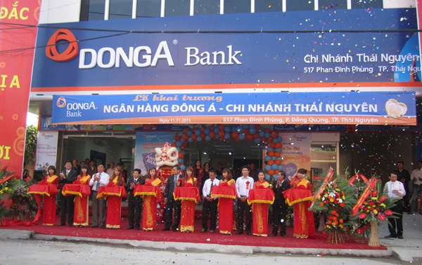 Khai trương chi nhánh ngân hàng Đông Á tại Thái Nguyên