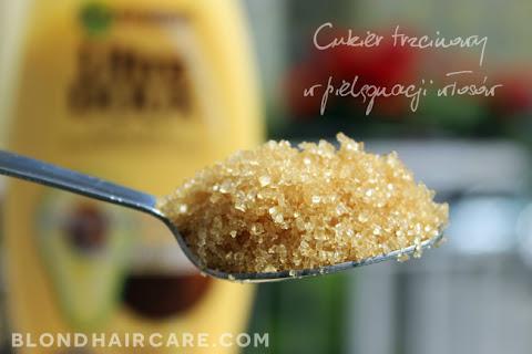 Maska z dodatkiem cukru trzcinowego | Efekt miękkich i puszystych włosów - czytaj dalej »