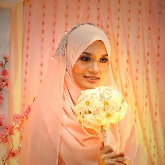 http://zaiedean.blogspot.com/search/label/Mazlyana