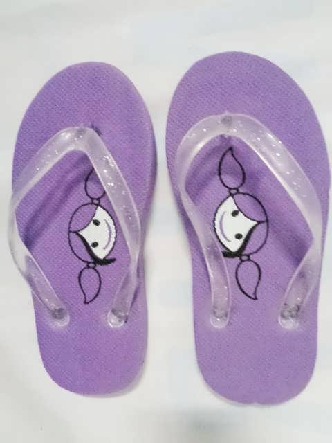 sandal anak kucing ungu