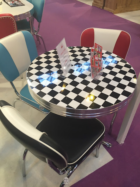 American Diner Table Set