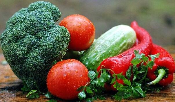 Beberapa makanan untuk penambah nafsu makan anda ketika berbuka puasa