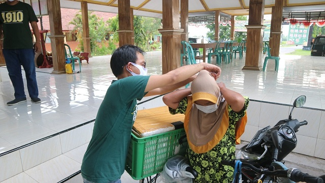 Politisi PKB Edukasi Masyarakat Pentingya Mengenakan Masker