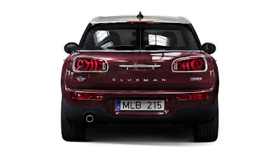 2016 MINI Clubman rear view