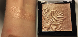 wet n wild Megaglo Highlighting Powder precious petals swatch