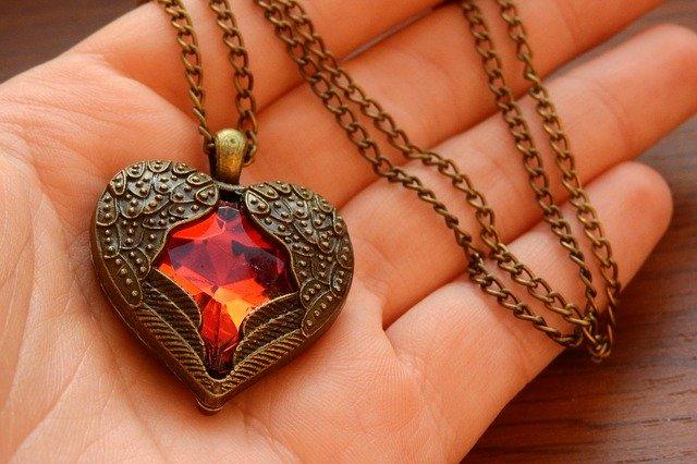 Buying Jewellery And Gemstones Online shop