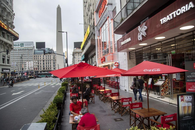 Sorpresa en el DNU de Alberto Fernández: nueva limitación para bares y restaurantes