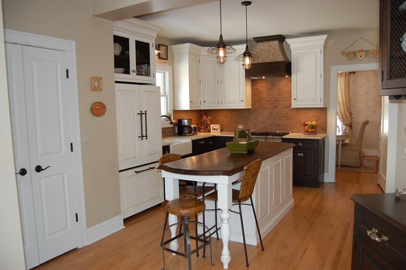 22 Jaw Dropping Small Kitchen Designs: Dwell Of Decor: JAW-DROPPING SMALL KITCHEN DESIGNS