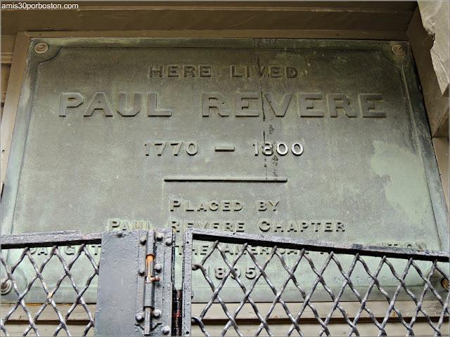 Placa en la Casa de Paul Revere en Boston