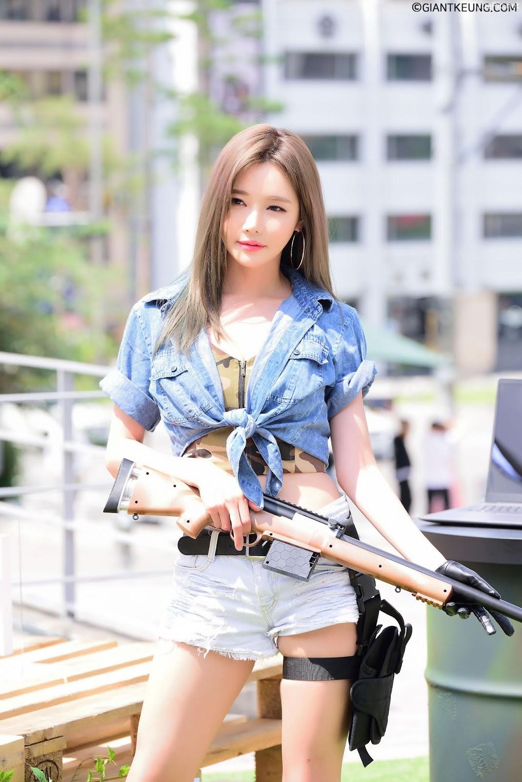 Korean Racing Model - Han Ga Eun - LG Ultragear Festival- Picture 6