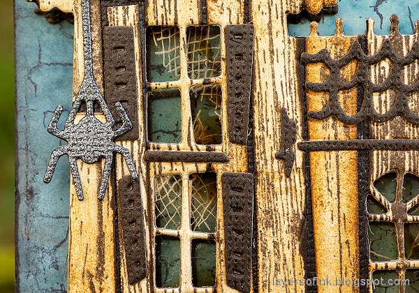 Layers of ink - Old Spooky House Tutorial by Anna-Karin Evaldsson. Paper spider.