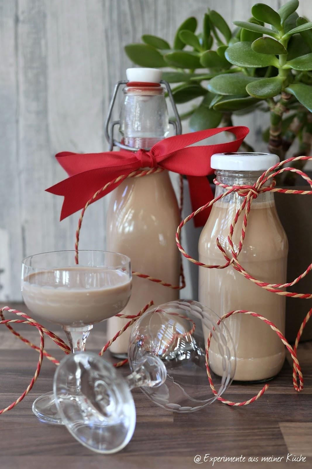 experimente aus meiner k che zwei lik re zu weihnachten geschenke aus der k che. Black Bedroom Furniture Sets. Home Design Ideas