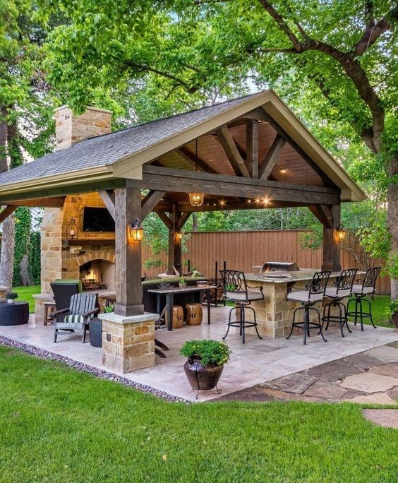 Fire Pits Ideas For a Comfortable Gathering Place