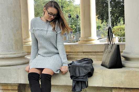 CarlyEnjoys: KNITTED GREY DRESS