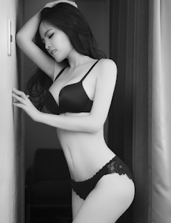 Phi Huyền Trang lộ núm khi mặc bikini - P H Trang mì gõ là ai xinhgai.biz