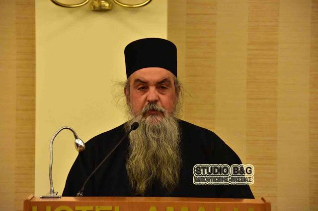 Ιστορική ομιλία Ιεροκήρυκα της Μητροπόλεως Αθηνών με σοβαρές αιχμές κατά της πολιτείας (βίντεο)