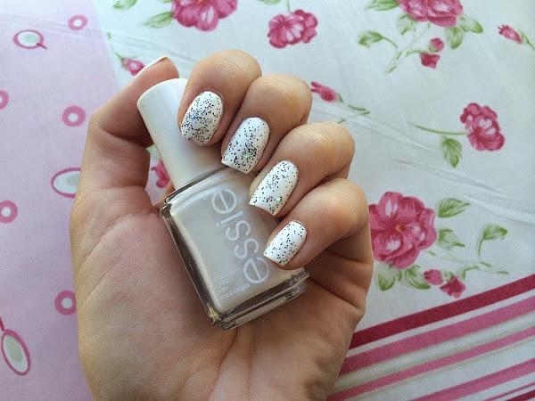 essie - blanc & glitter