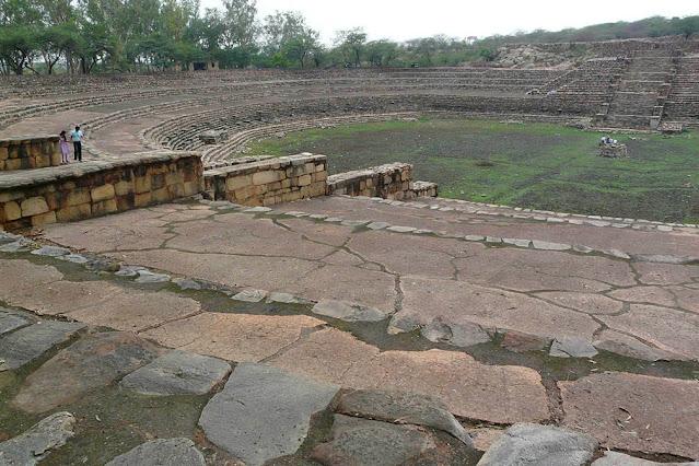 Ancient Surajkund Reservoir - one day trip from Delhi