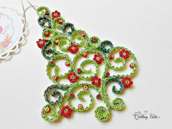 crimped and scrolled crimped quilling paper tree ornament