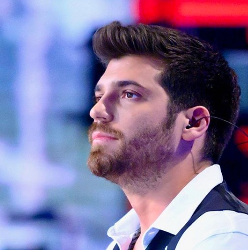 "Can Yaman on Verissimo ""I don't think, I live"" and talks about Bay Yanlis"
