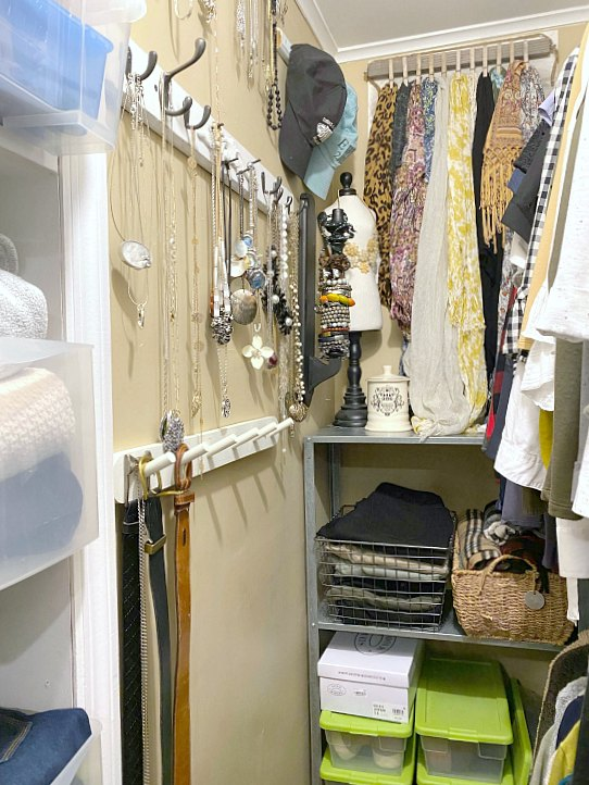 DIY Closet organization for jewelry