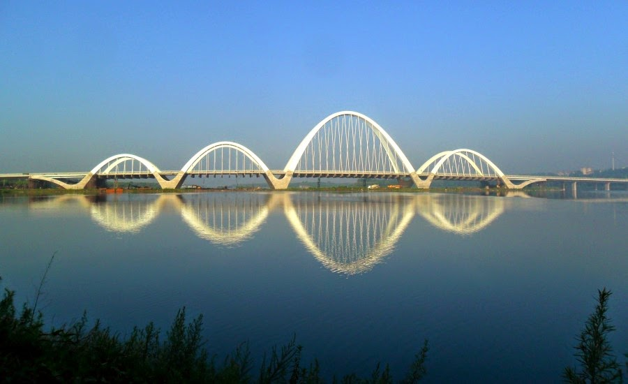 Puente Shenyang Hun River Ribbon, en Shenyang, China - por Architectural Design & Research Institute of Tongji University