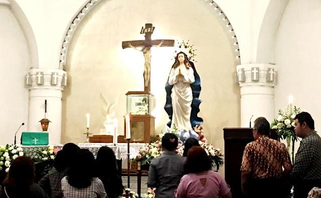 Prosesi Replika Patung Maria Asumpta GMKA di 8 Paroki
