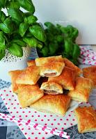 http://kolorowyprzepisownik.blogspot.com/2016/11/ciasteczka-francuskie-z-czekolada-tylko.html