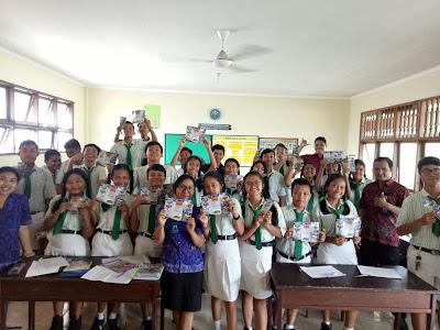 Kunjungan SMK TI Bali Global Denpasar ke SMP Tunas Harapan Jaya