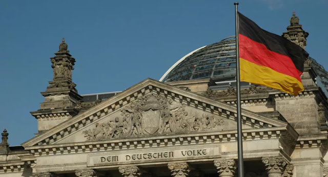 Deputado alemão chama 'ocupação' às armas nucleares dos EUA na Alemanha