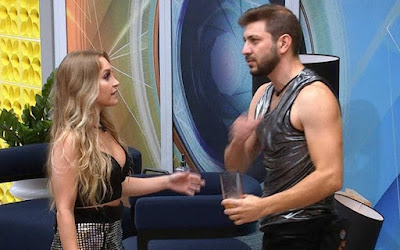 Caio diz que Arthur está apaixonado por Carla, e sister duvida: 'Não me prova nada'