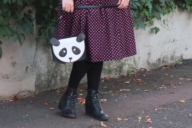1950s, dress, replica, vintage, New Look, Dior, velvet, black, pink, panda, purse, C&A, Deichmann, beret
