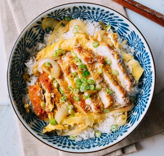 KATSUDON JAPANESE PORK CUTLET AND EGG RICE BOWL #dinner #lunch